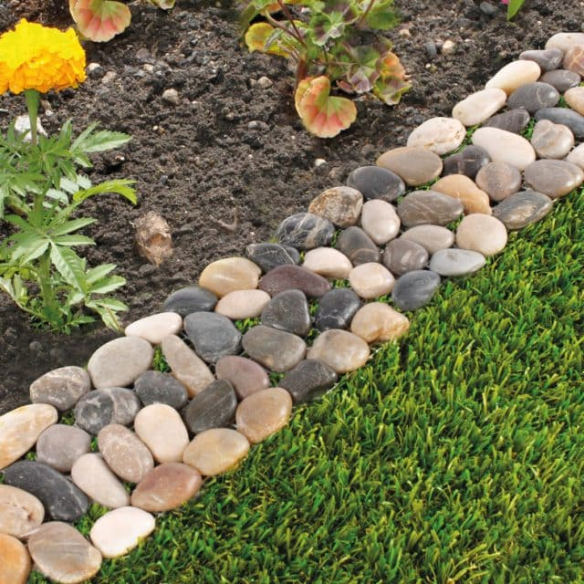 Pebble Borders