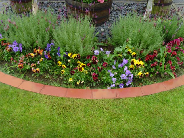 DIY Garden Edging Ideas